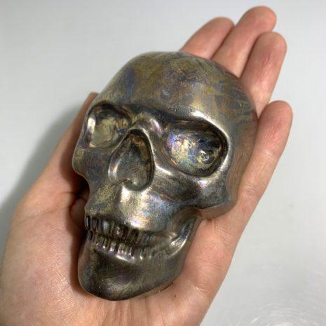 skull biz hand 1
