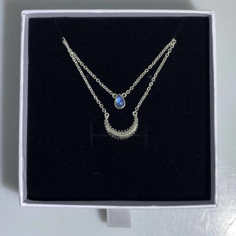 Necklace with Gem 4