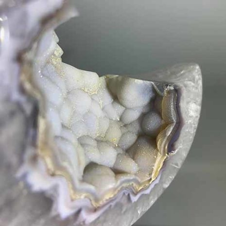 agate druzy moon 1 close up