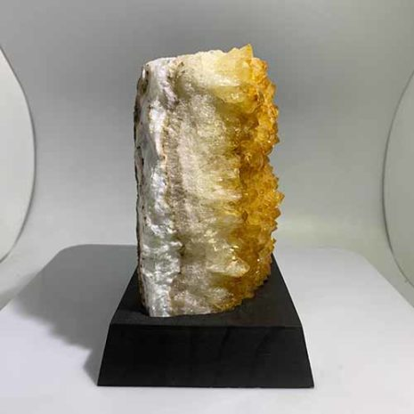 citrine lamp side view